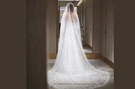 Опять в белом: свадебное платье Ксении Собчак
